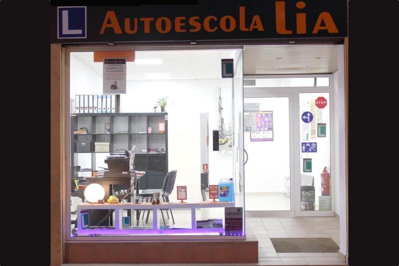 AUTOESCOLA LIA